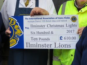 Cheque for Ilminster Lights