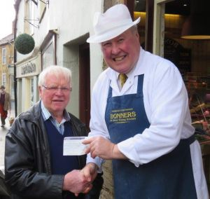 Ilminster Lights Cheque Presentation AlanClinton2017